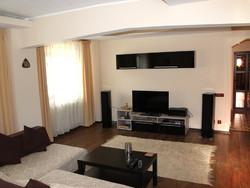 Apartament de Vanzare in Sinaia (Platoul Izvor, Prahova)