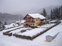 Spatiu Turistic de Vanzare in Predeal (Malul Ursului, Brasov)