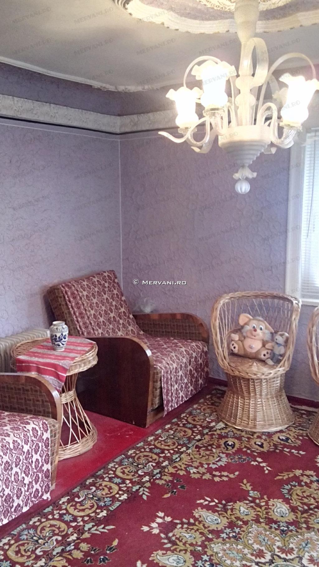 X117AD – Casa cu 2 camere de Vanzare in Provita, zona Provita de Sus