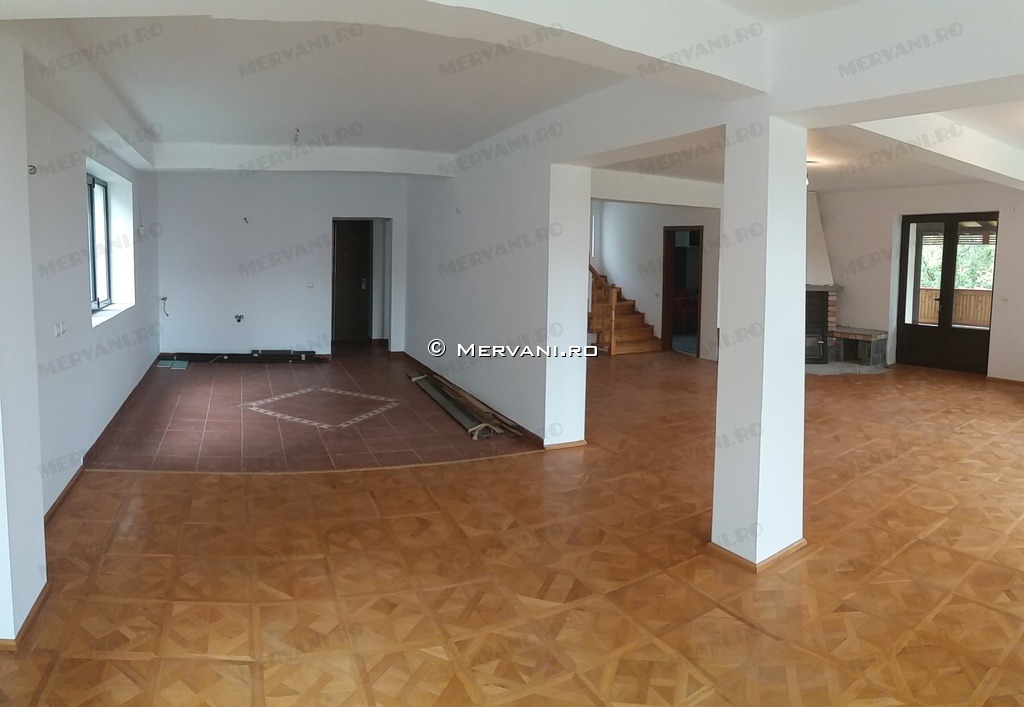 X21B24 – Vila cu 6 camere de Vanzare in Breaza, zona Capul Campului