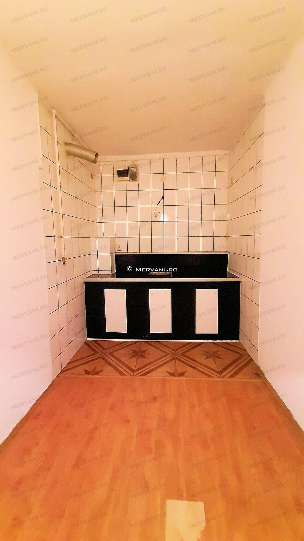 X01C7D – Apartament cu 2 camere de Vanzare in Sinaia, zona Semicentrala