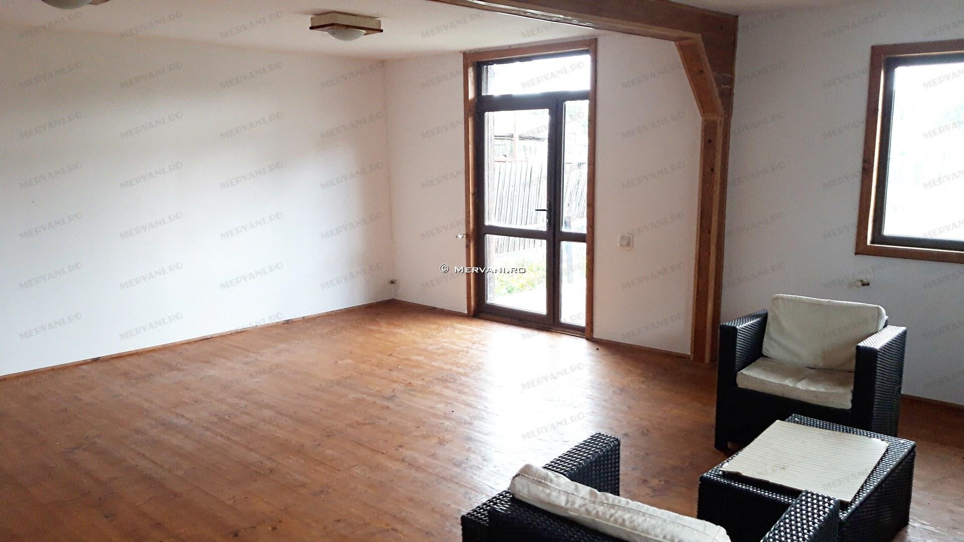 X1E5C – Casa cu 4 camere de Vanzare in Brebu, zona Centrala