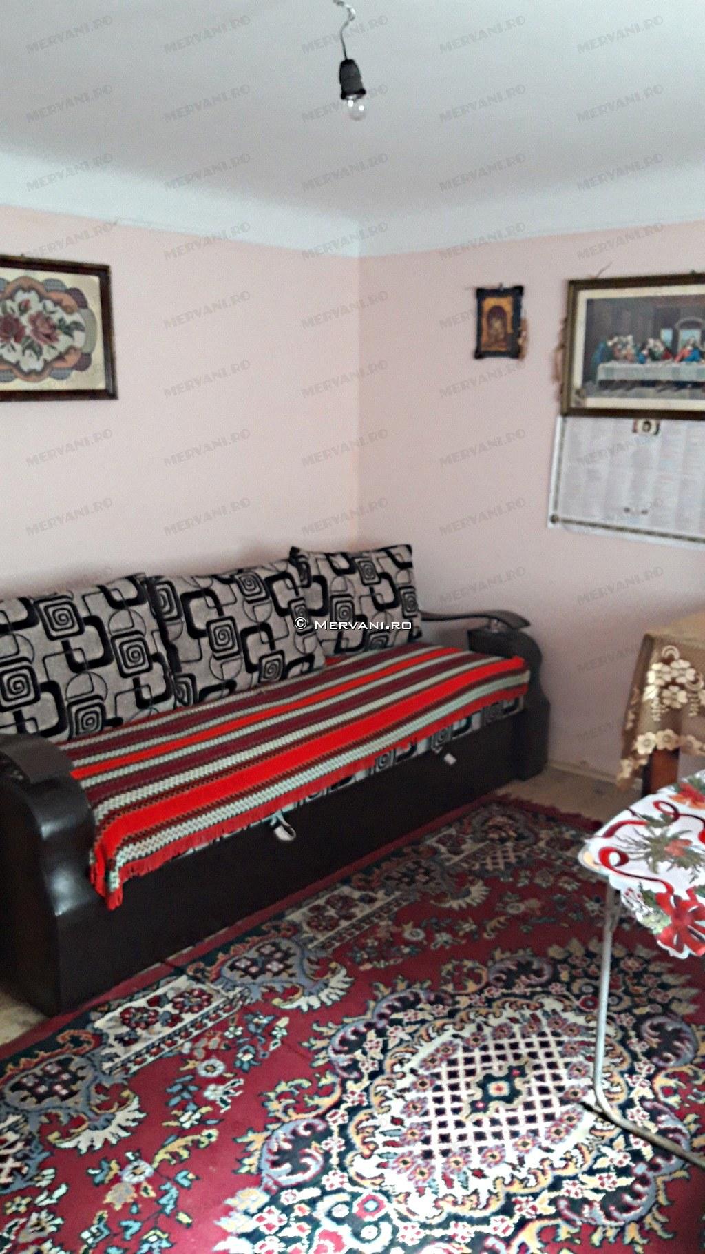 X11CC7 – Casa cu 4 camere de Vanzare in Mislea, zona Semicentrala