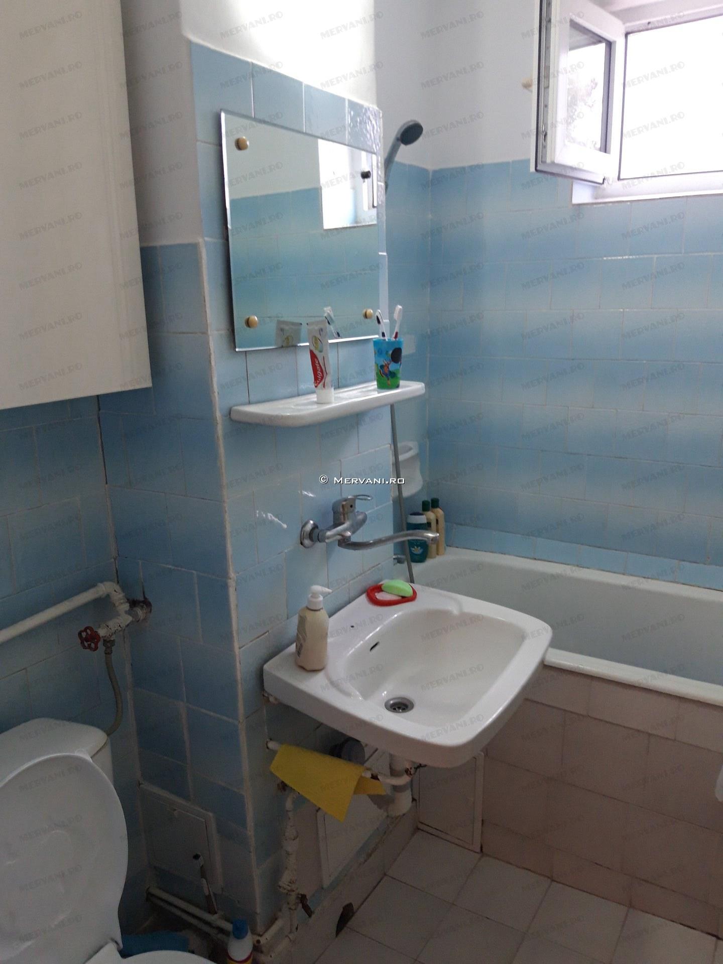 X01CF1 – Apartament cu 3 camere de Vanzare in Breaza, zona Centrala