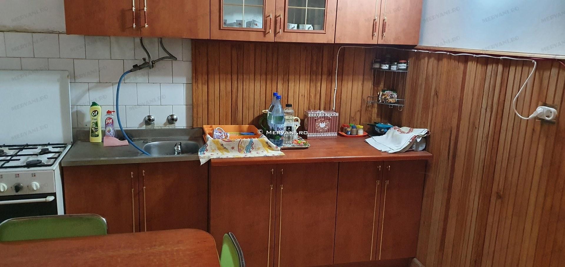 X11CF7 – Casa cu 3 camere de Vanzare in Cornu, zona Cornu de Jos