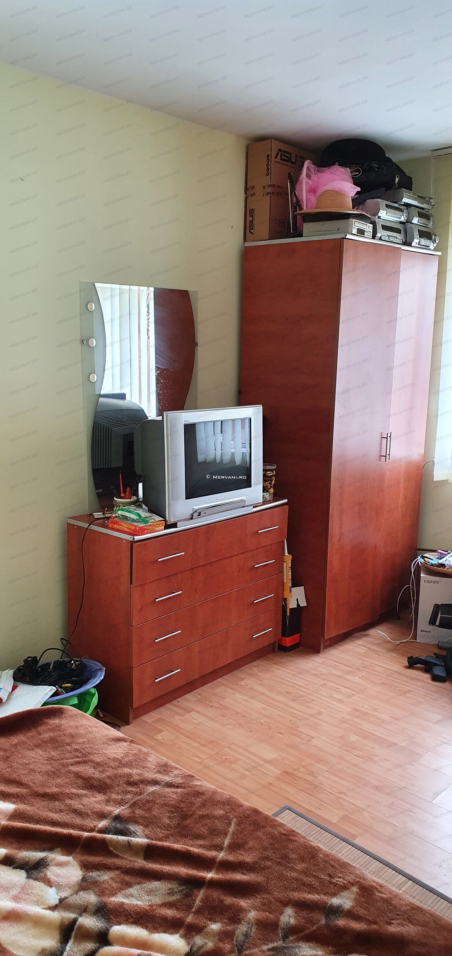 2053 – Vila cu 5 camere de Vanzare in Breaza, zona Semicentrala