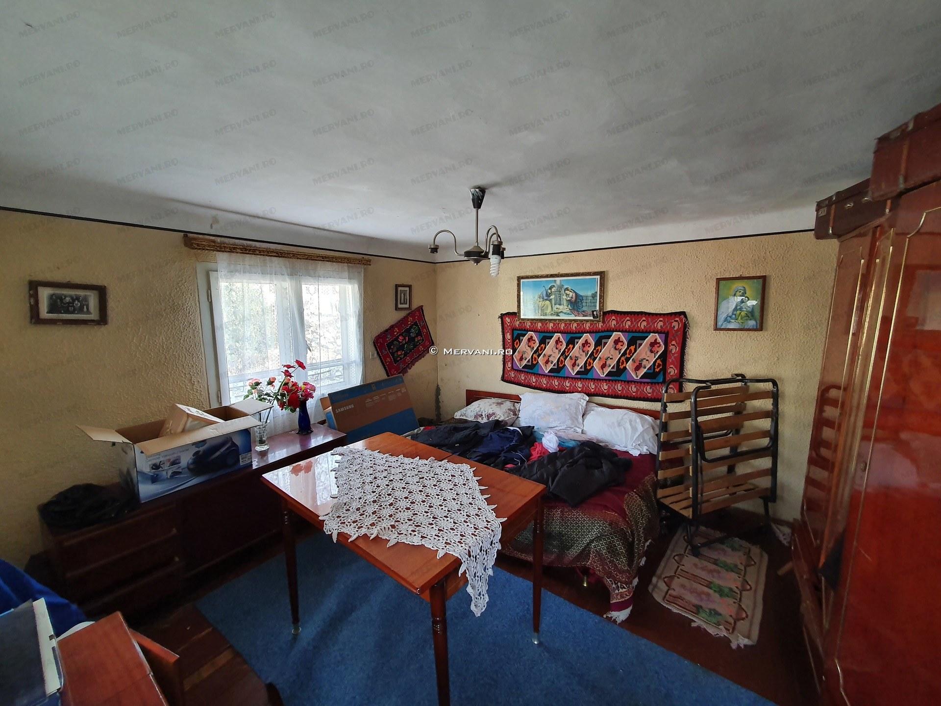X11D17 – Casa cu 3 camere de Vanzare in Comarnic, zona Poiana