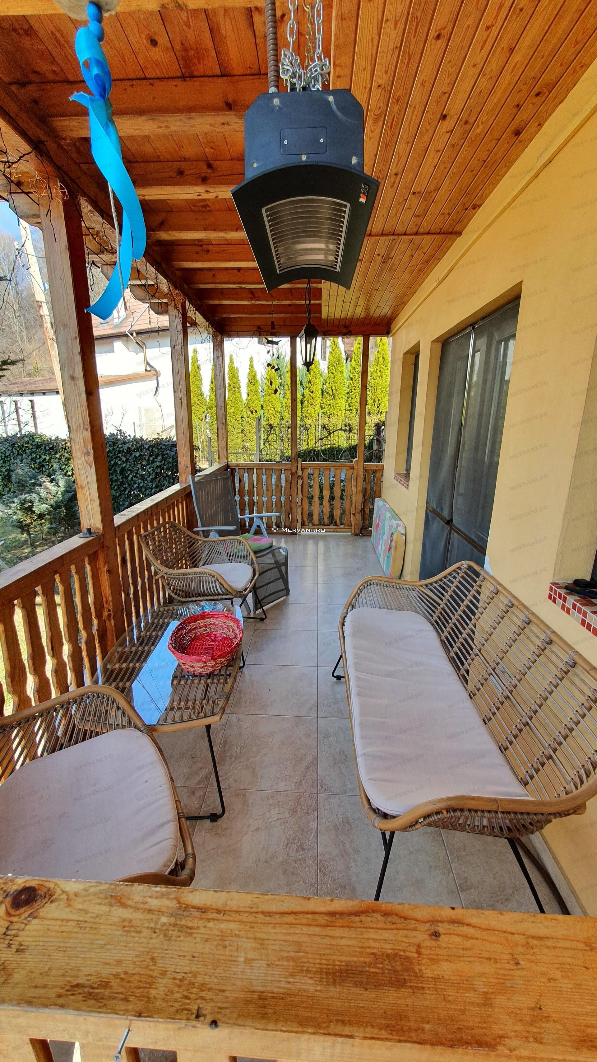 X21D27 – Vila cu 4 camere de Vanzare in Breaza, zona Nistoresti