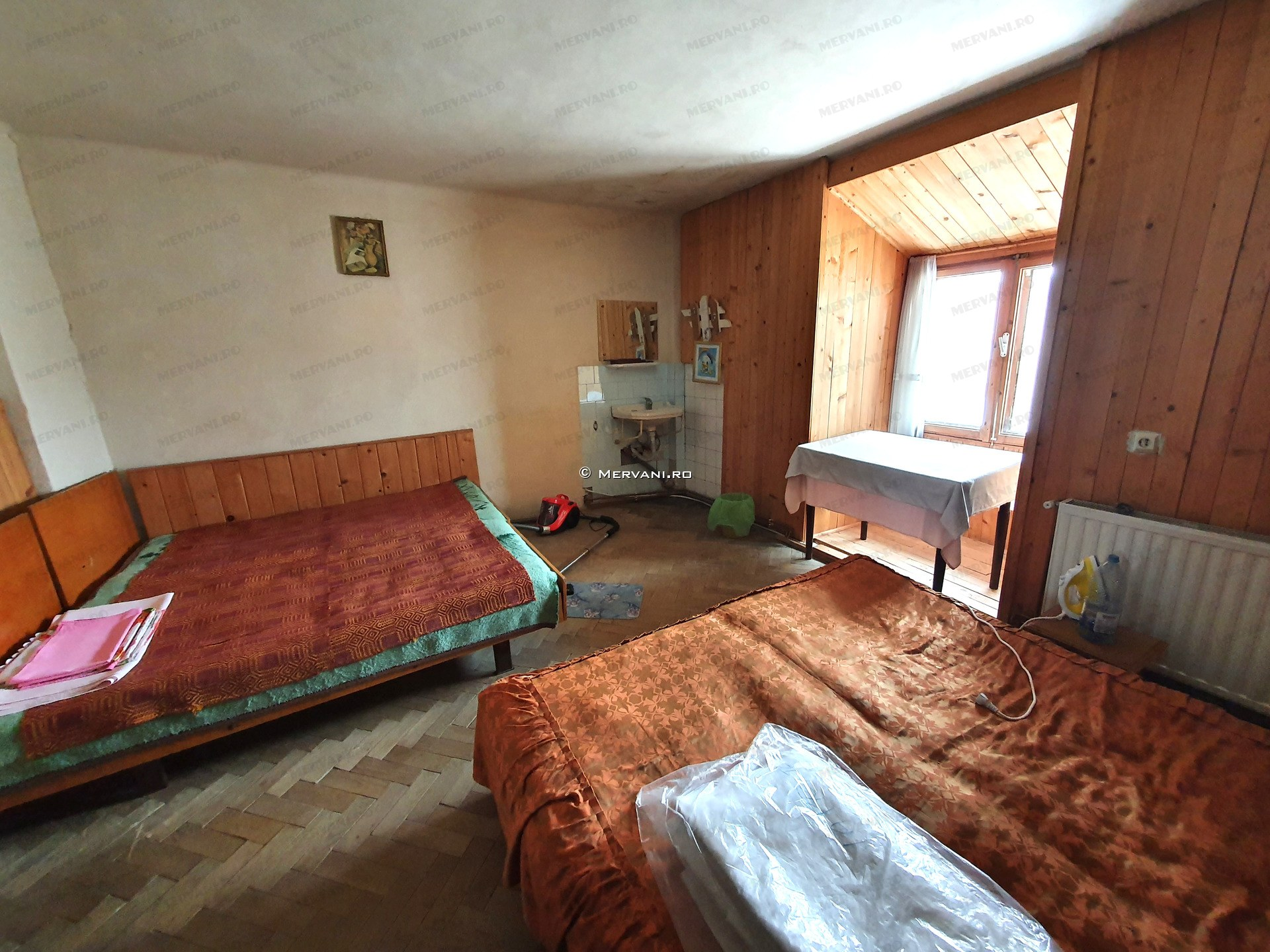X21D30 – Vila cu 14 camere de Vanzare in Busteni, zona Semicentrala