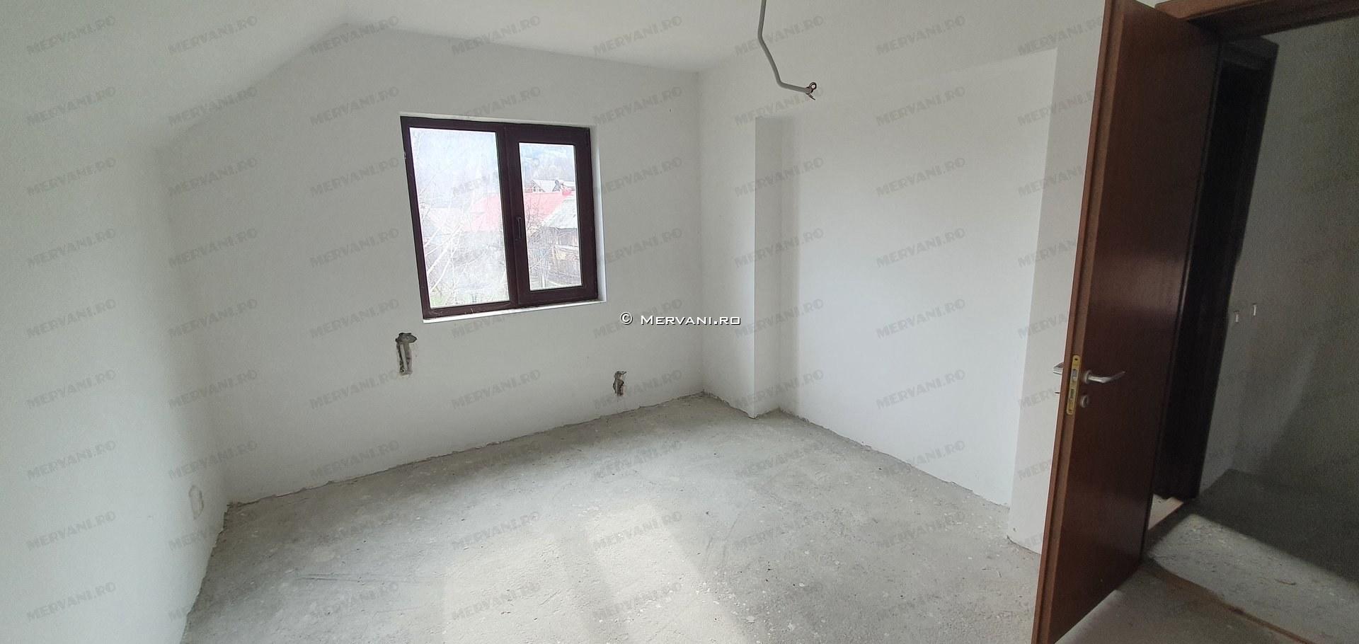 X1AED – Casa cu 4 camere de Vanzare in Sotrile, zona Lunca Mare
