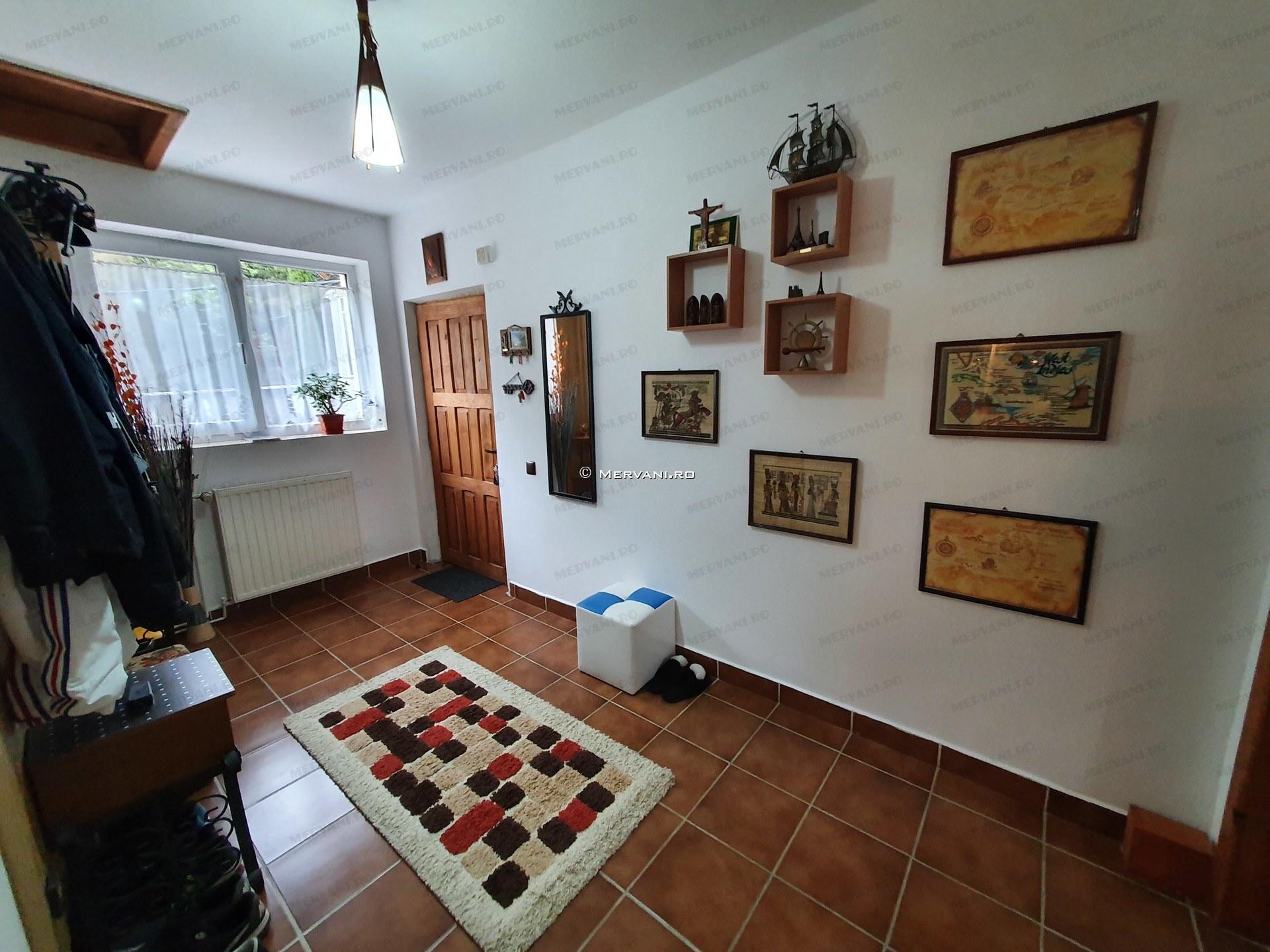X01D53 – Apartament cu 5 camere de Vanzare in Azuga, zona Partia de Ski