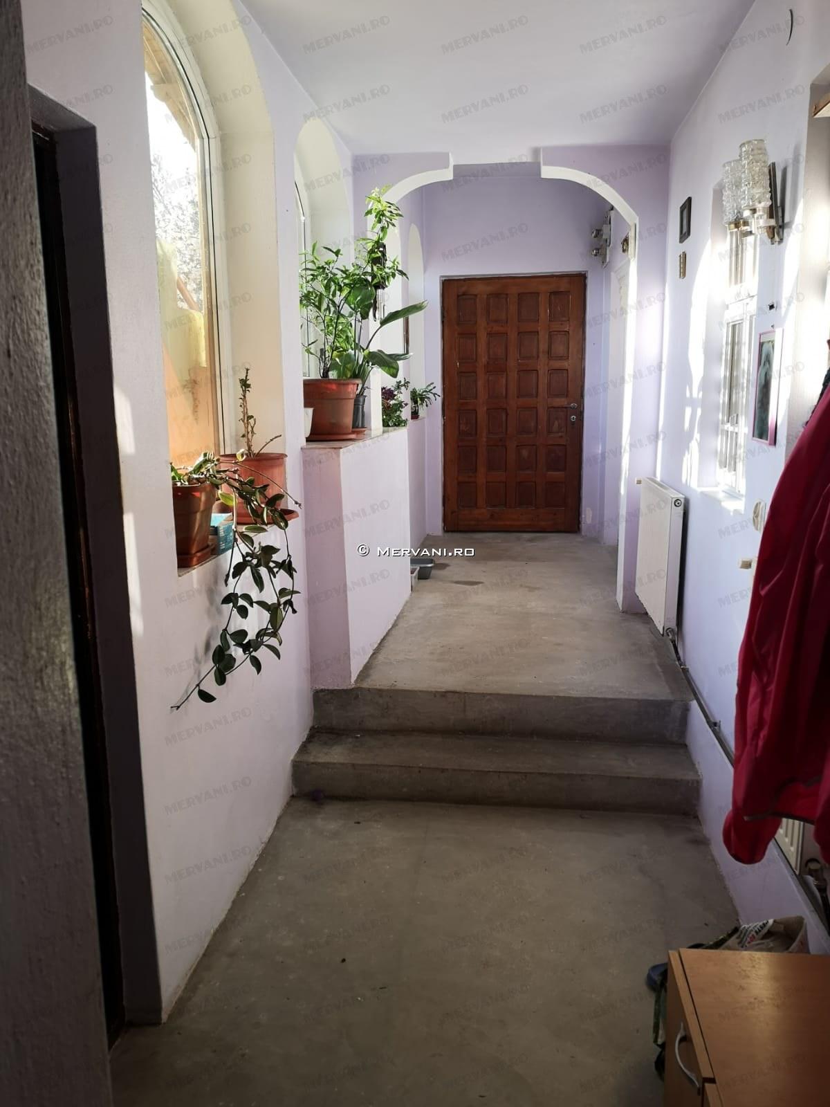 X11D56 – Casa cu 4 camere de Vanzare in Cornu, zona Cornu de Sus