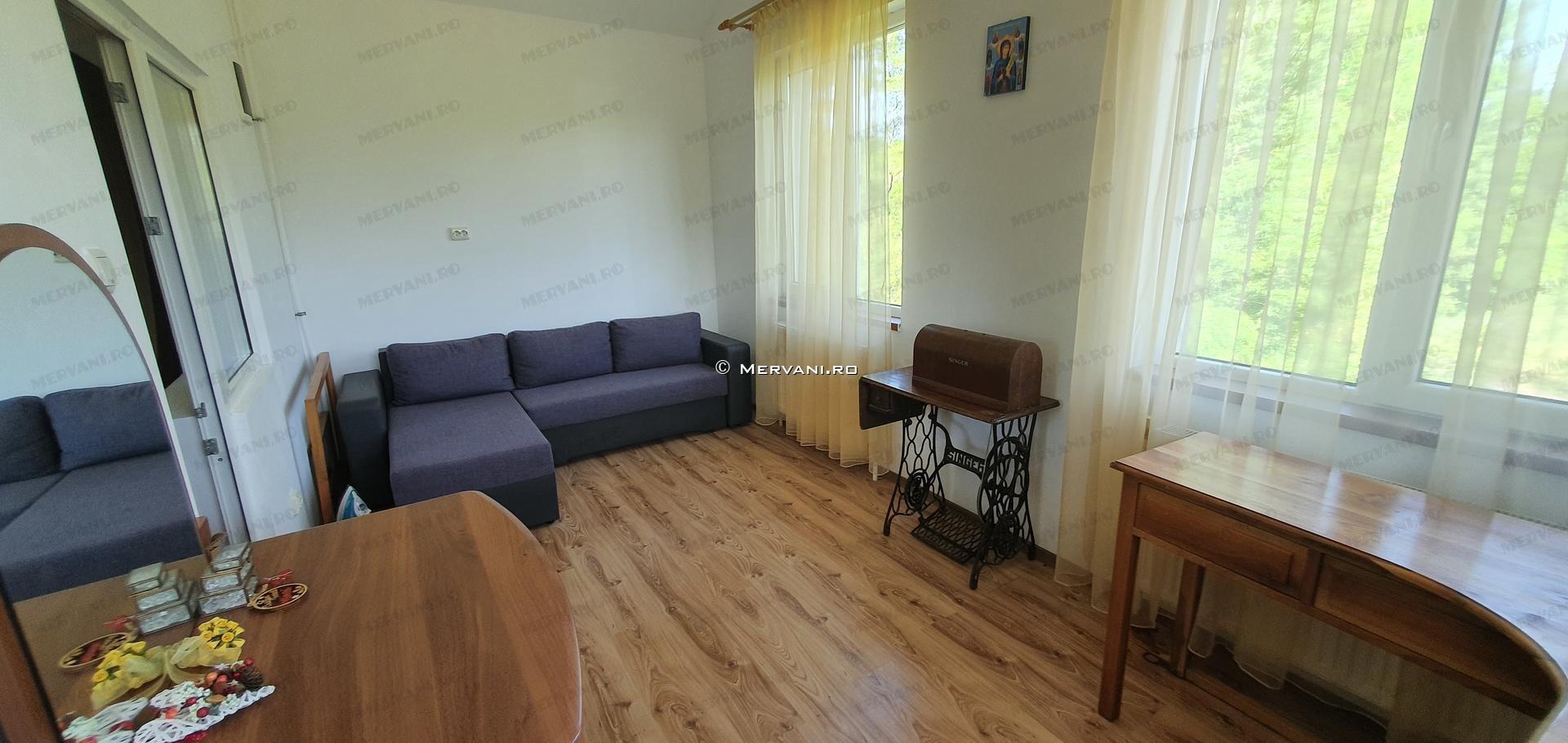 X21D98 – Vila cu 6 camere de Vanzare in Provita, zona Draganeasa