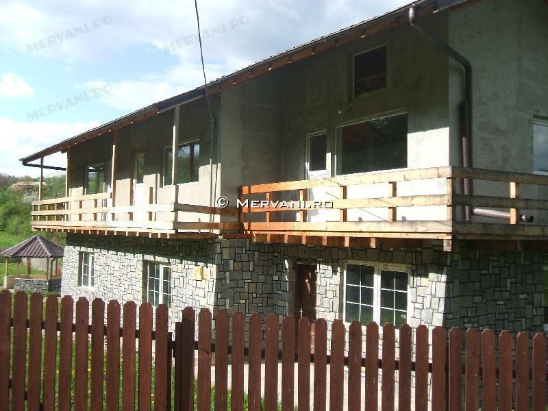 X1D94 – Casa cu 5 camere de Vanzare in Breaza, zona Semicentrala