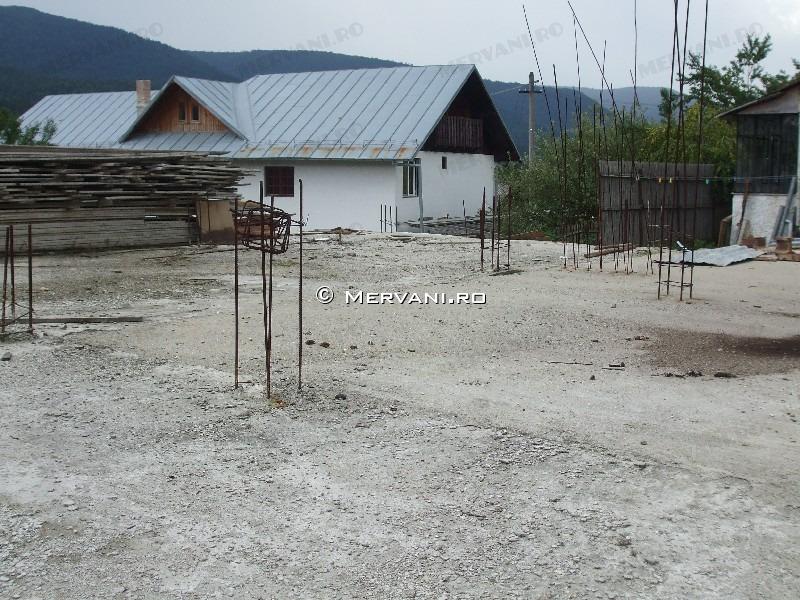 X3FF0 – Teren de Vanzare in Busteni, zona Poiana Tapului