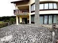 Vila cu 10 camere de vanzare in Sinaia (zona Deosebita). Imagine pentru oferta X21CD6 (Fotografia 25).