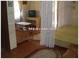 Vila cu 10 camere de vanzare in Predeal (zona Malul Ursului). Miniatura #104085 pentru oferta X212C8.