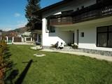 Pensiune cu 12 camere de vanzare in Busteni (zona Centrala). Miniatura #107645 pentru oferta X413AF.