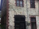 Casa/Vila interbelica cu 12 camere de vanzare in Azuga (zona centrala). Miniatura #120628 pentru oferta X11686.