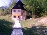 Casa cu 4 camere de vanzare in Breaza (zona Podul Vadului). Miniatura #124321 pentru oferta X117B8.