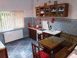 Vila cu 6 camere de inchiriat in Sinaia (zona Cumpatu). Miniatura #132573 pentru oferta X21A8A.