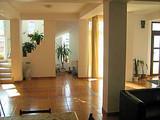 Pensiune cu 9 camere de vanzare in Busteni (zona Valea Alba). Miniatura #135961 pentru oferta X4B0A.