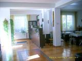 Pensiune cu 9 camere de vanzare in Busteni (zona Valea Alba). Miniatura #135952 pentru oferta X4B0A.