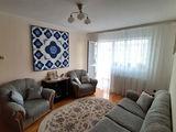 Apartament semidecomandat cu 3 camere de vanzare in Sinaia (zona Malul Spitalului). Miniatura #138759 pentru oferta X0EEE.