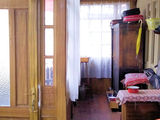 Casa batraneasca cu 4 camere de vanzare in Busteni (zona centrala). Miniatura #139497 pentru oferta X11657.