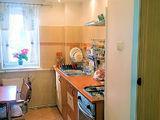 Apartament semidecomandat cu 3 camere de vanzare in Campina (zona Semicentrala). Miniatura #139593 pentru oferta X0151A.