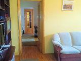 Apartament semidecomandat cu 3 camere de vanzare in Campina (zona Semicentrala). Miniatura #139595 pentru oferta X0151A.