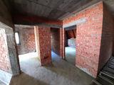 Vila cu 4 camere de vanzare in Busteni (zona Zamora). Miniatura #140342 pentru oferta X2E06.