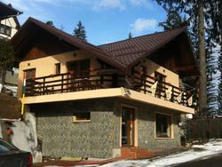 Vila de Inchiriat in Sinaia (Semicentrala, Prahova)