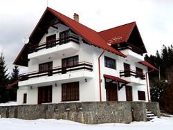 Vila de Vanzare in Busteni (Deosebita, Prahova)