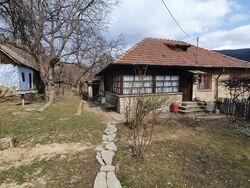 Casa de Vanzare in Sotrile (Semicentrala, Prahova)