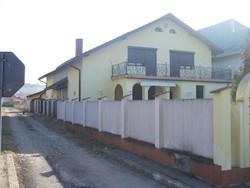 Vila de Inchiriat in Campina (Muscel, Prahova)